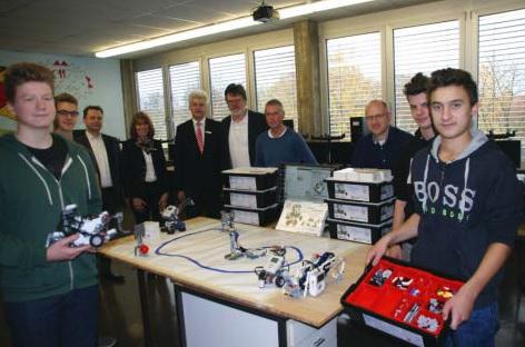 Roboter im Klassenzimmer: Spende fördert Technikunterricht