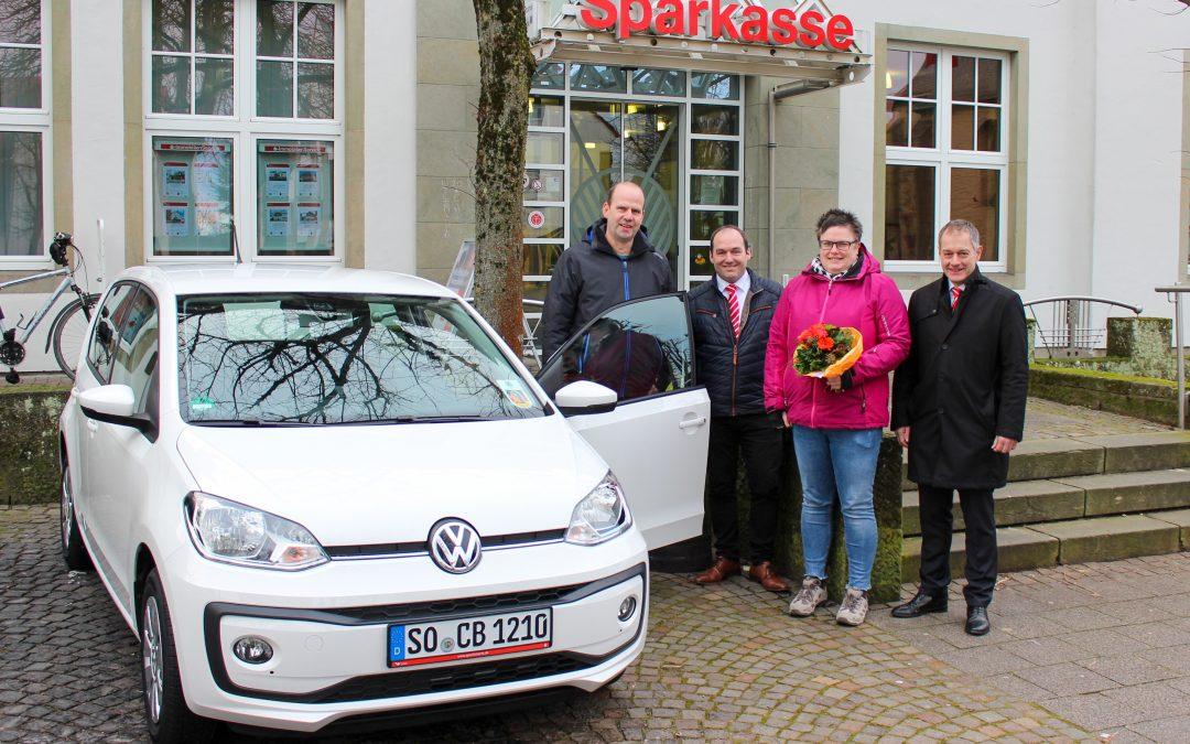Schneeweißer VW geht nach Rüthen